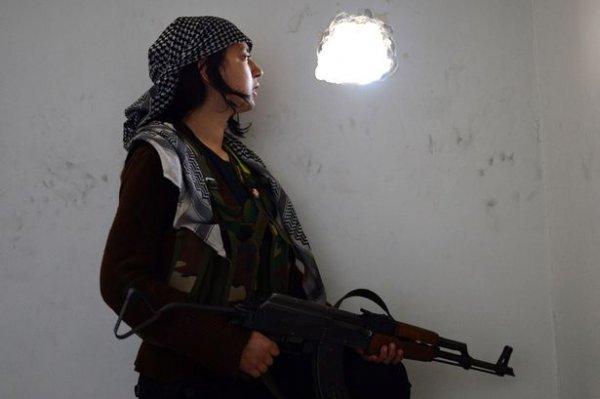 伊拉克婦女槍殺ISIS指揮官